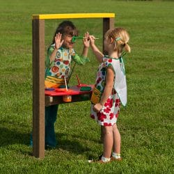 Art Easel, Small Single, Maintenance-Free Plastic